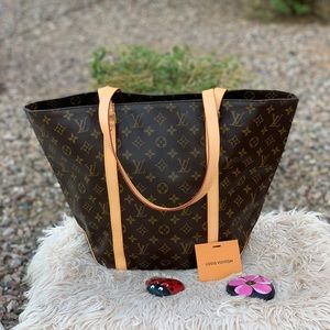 🎉BEAUTIFUL 🎉Louis Vuitton Sac tote shopping bag
